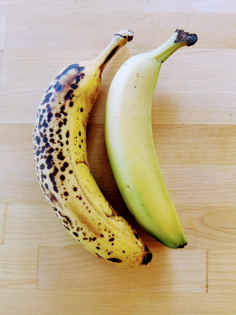 overripe banana and ripe banana