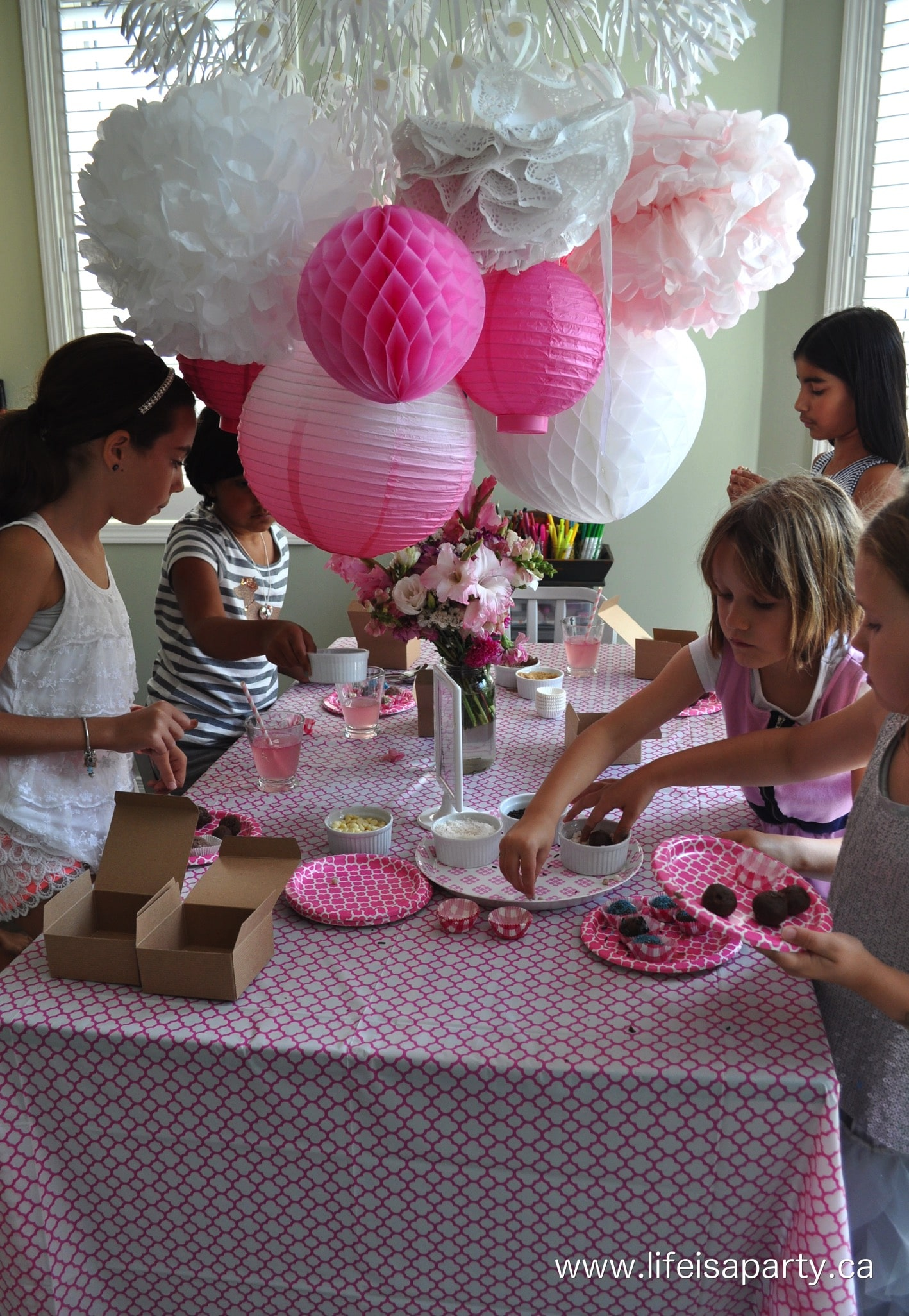 Paris Birthday Party Part One Party Activities And Decorations