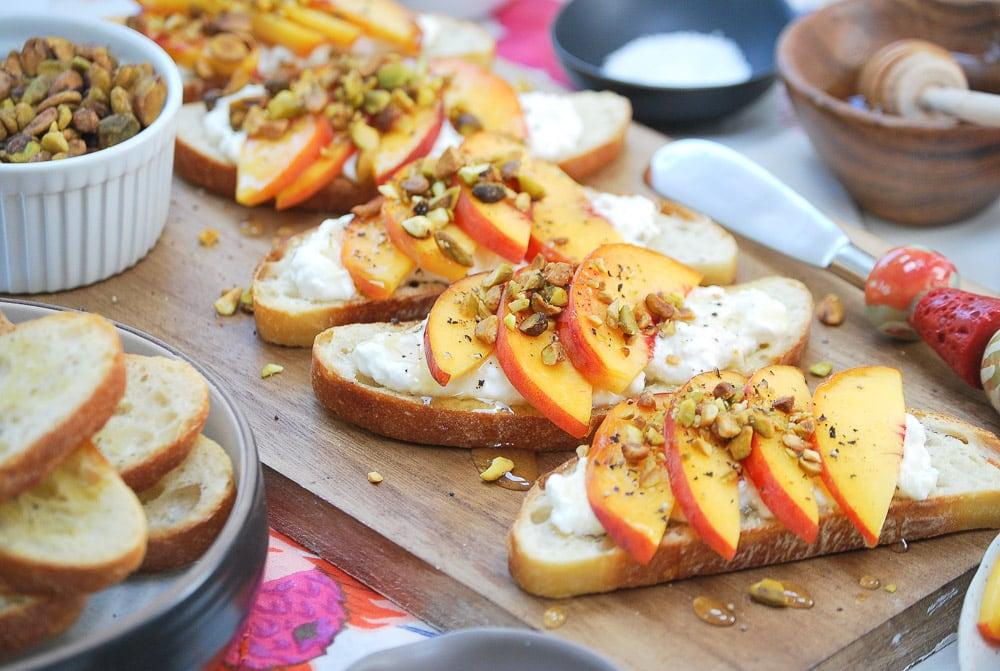 Peach Burrata Crostini-3