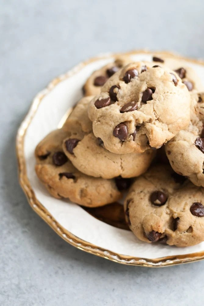 Soft Chocolate Chip Cookies-7