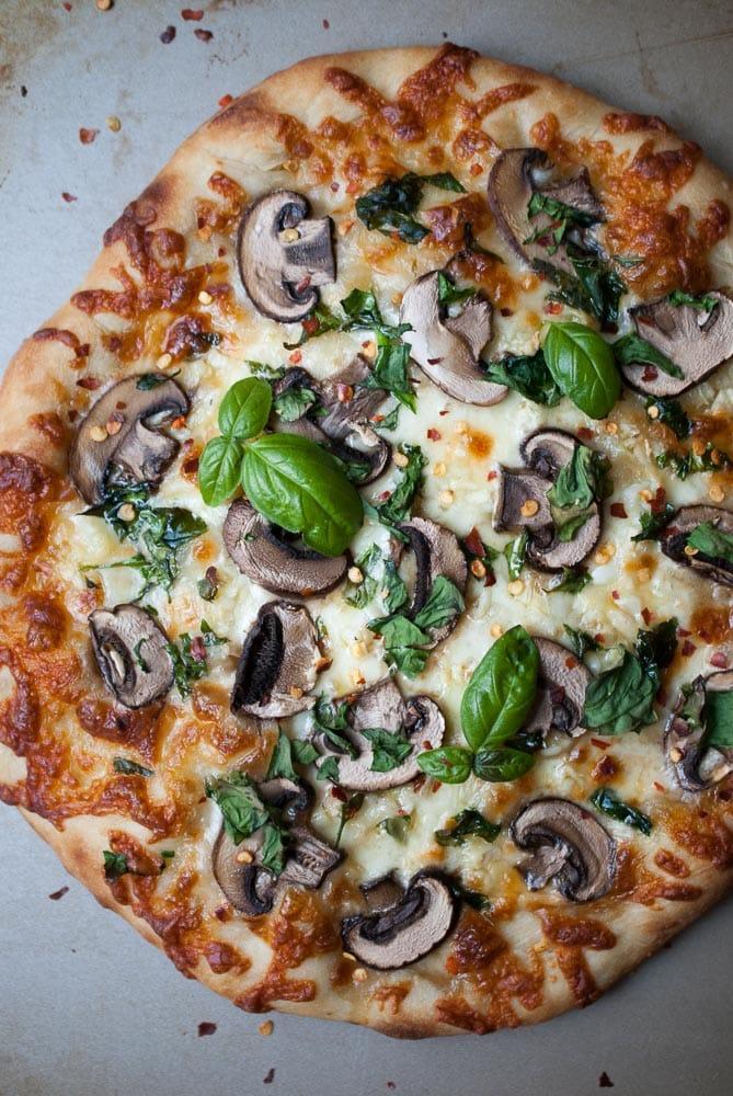 Mushroom, Garlic, & Spinach Pizza