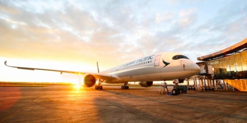 Cathay Pacific riapre il collegamento diretto tra l'Italia e Hong Kong