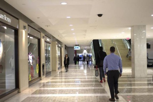 downtown pedestrian walkway _ life maid easy House Cleaning Service Toronto