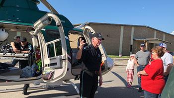 LifeNet Air Pilot, Allen Bills, teaches an LZ Class