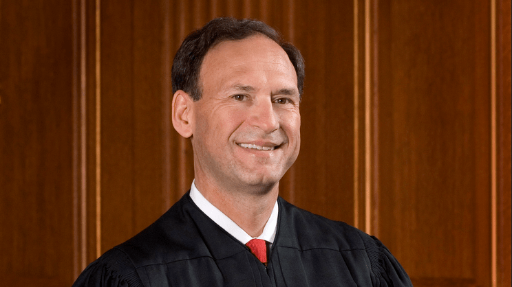 """Justice Samuel Alito Slams """"Unrelenting"""" Campaign to Force Catholic Nuns to Fund Abortions"""