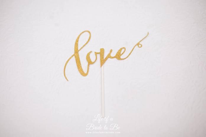 'Love' Cake Topper