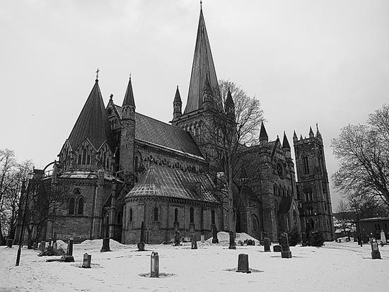 https://i2.wp.com/www.lifeofanarchitect.com/wp-content/uploads/2011/04/Nidaros-Cathedral.jpg