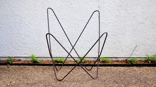 Hardoy Butterfly chair frame