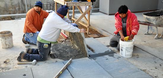 laying Bluestone pavers