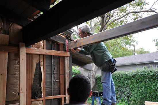 Adjusting the steel beam header