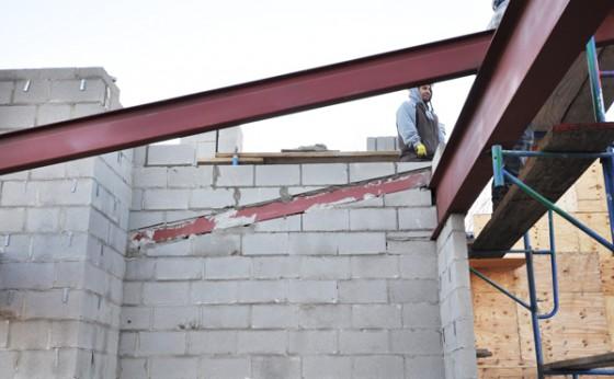 Cottonwood Modern cmu work at pavilion steel framing