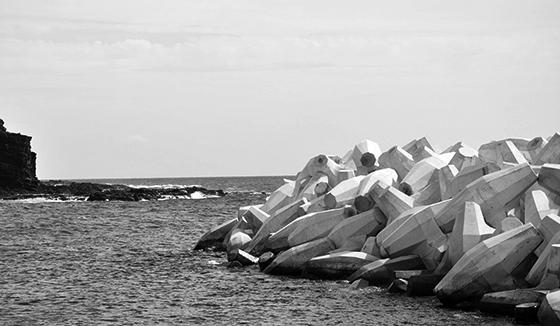 Kaumalapau Harbor, Lanai Seawall