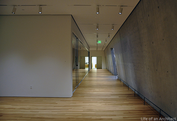 Renzo Piano Kimbell Museum lower level hallway