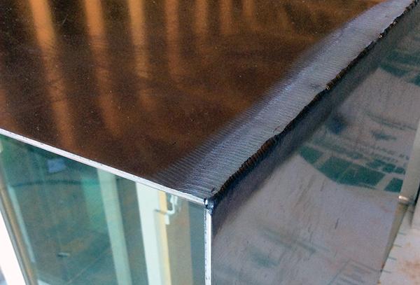 CHouse Modern aluminum window boxes bad craftsmanship