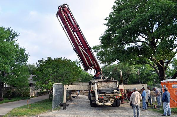 KHouse Modern pump truck 01