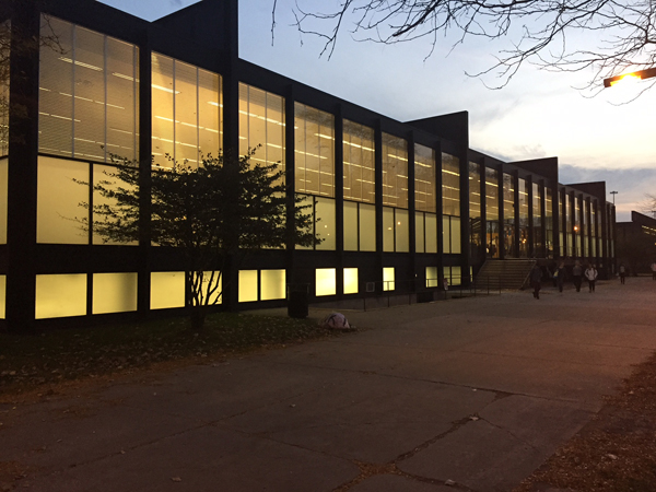 Illinois Institute of Technology: SR Crown Hall just after sunset
