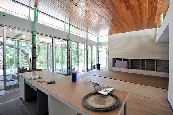 KHouse Modern Main Living Room looking towards fireplace