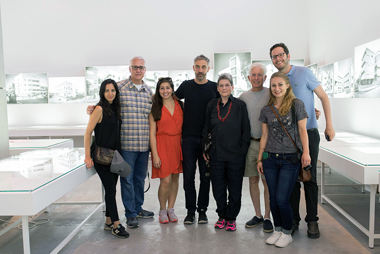 Vibe Architecture Tour at the Israel Museum   photo by Or Kaplan