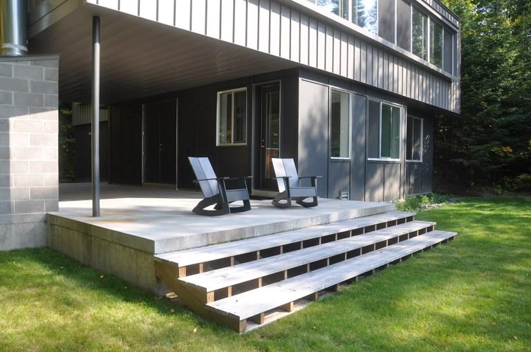 simple cabin deck