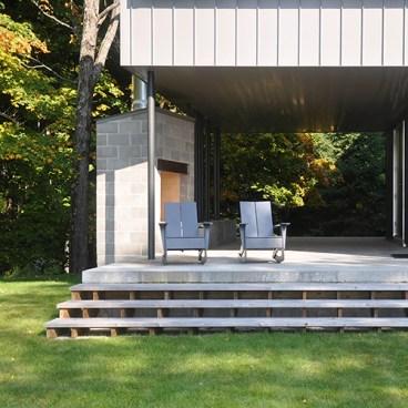 Modern Cabin Deck Steps