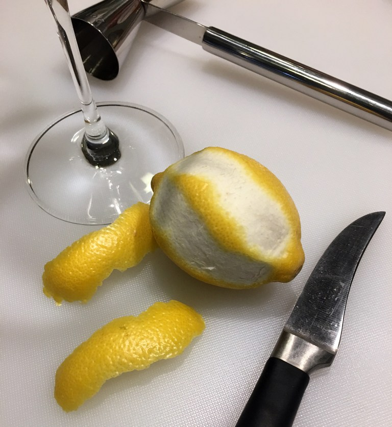 Making Lemon Peels
