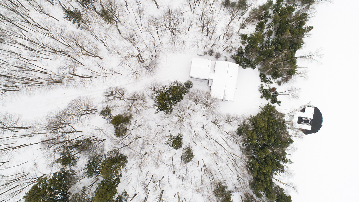 Modern Cabin winter drone - Photographer Poul Ober