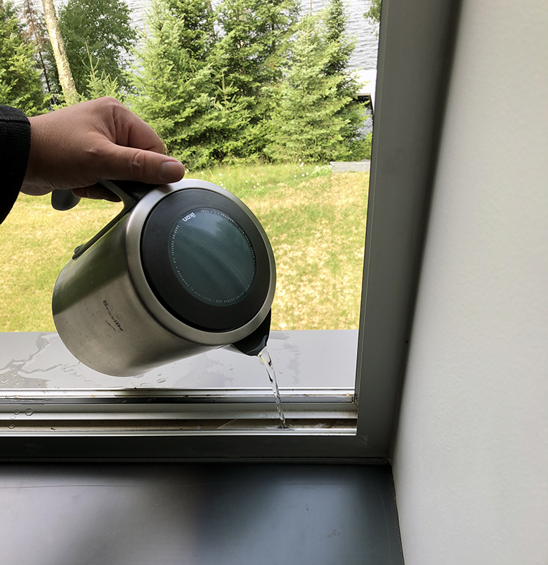 Testing the gutters in the windows