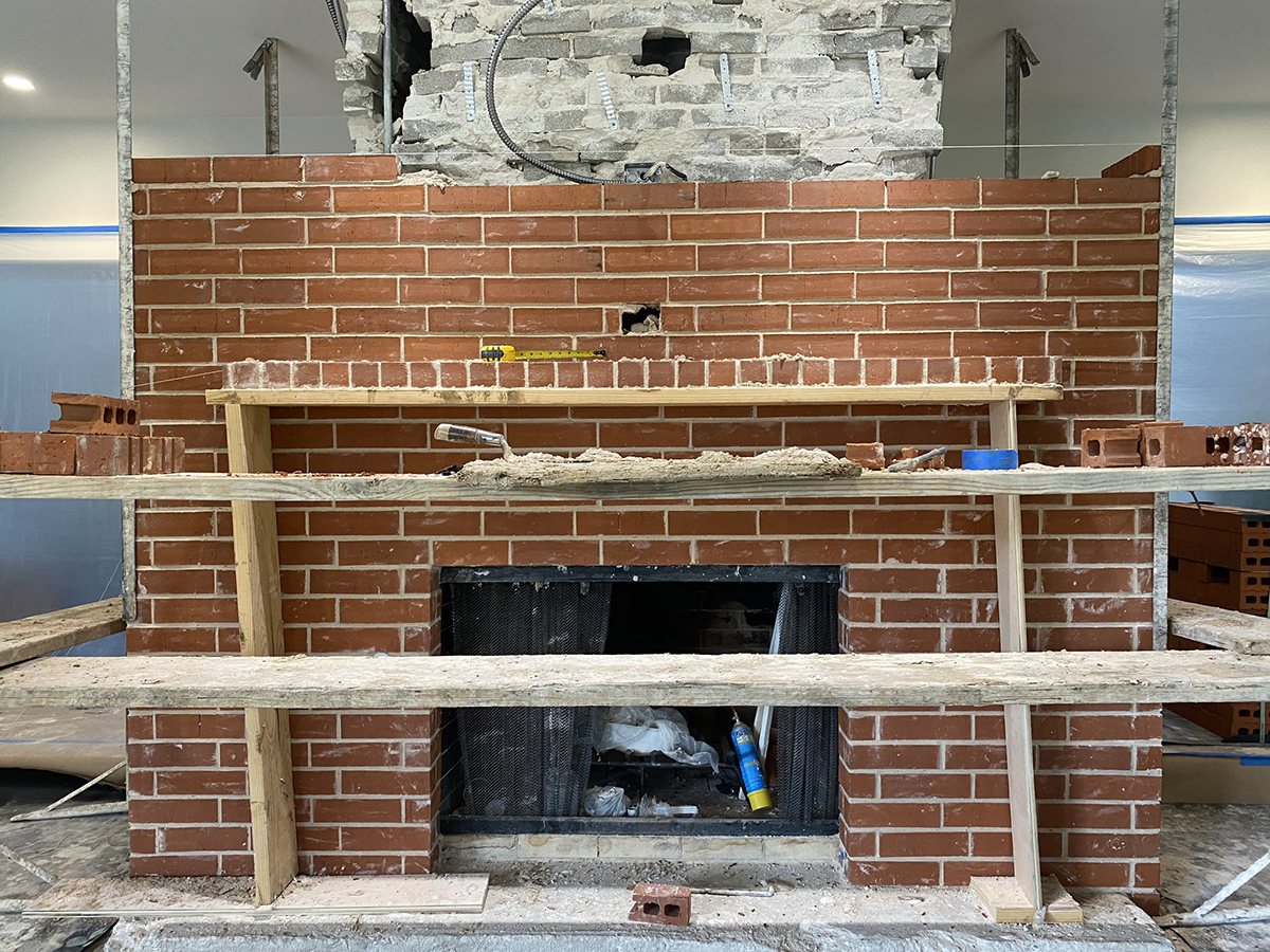 Brick mantel 03