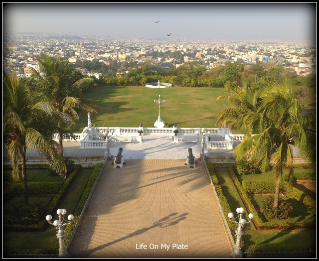 A stunning birds-eye view over the city of Hyderabad, from the terrace of the Jade Room