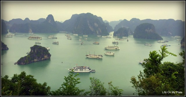 Luxury Cruise to Halong Bay, Vietnam