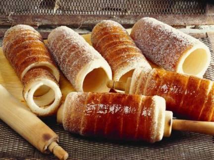 Chimney Cake (kürtőskalács) - Top Cheapest Foods In The World