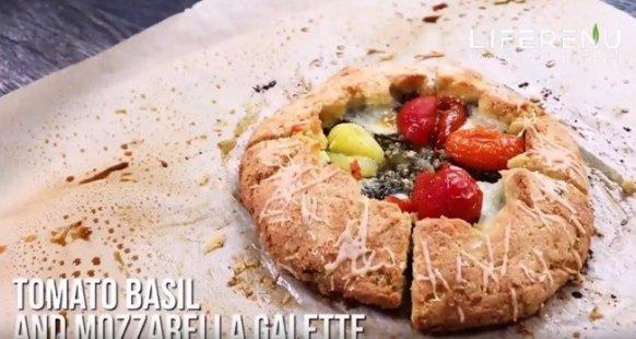 tomato mozzarella and basil Galette