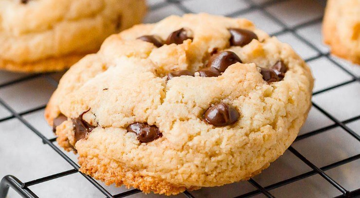 Keto Chocolate Chip Cookie Recipe