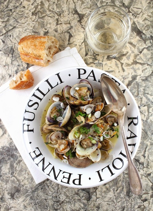 Clams in White Wine I