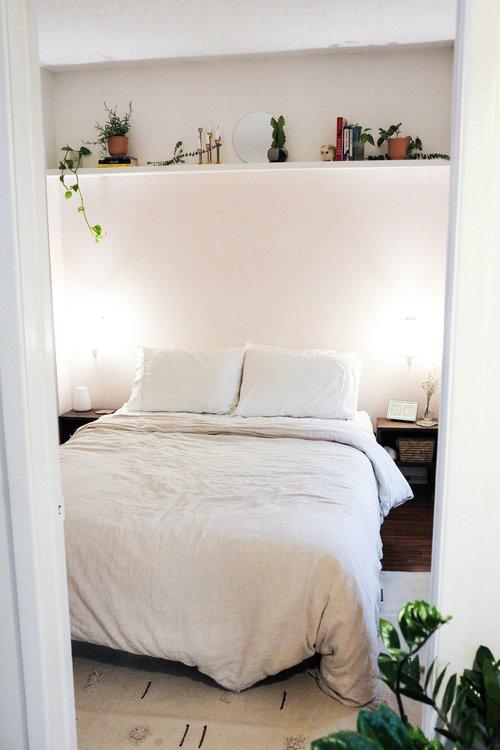 no headboard ideas for your bedroom