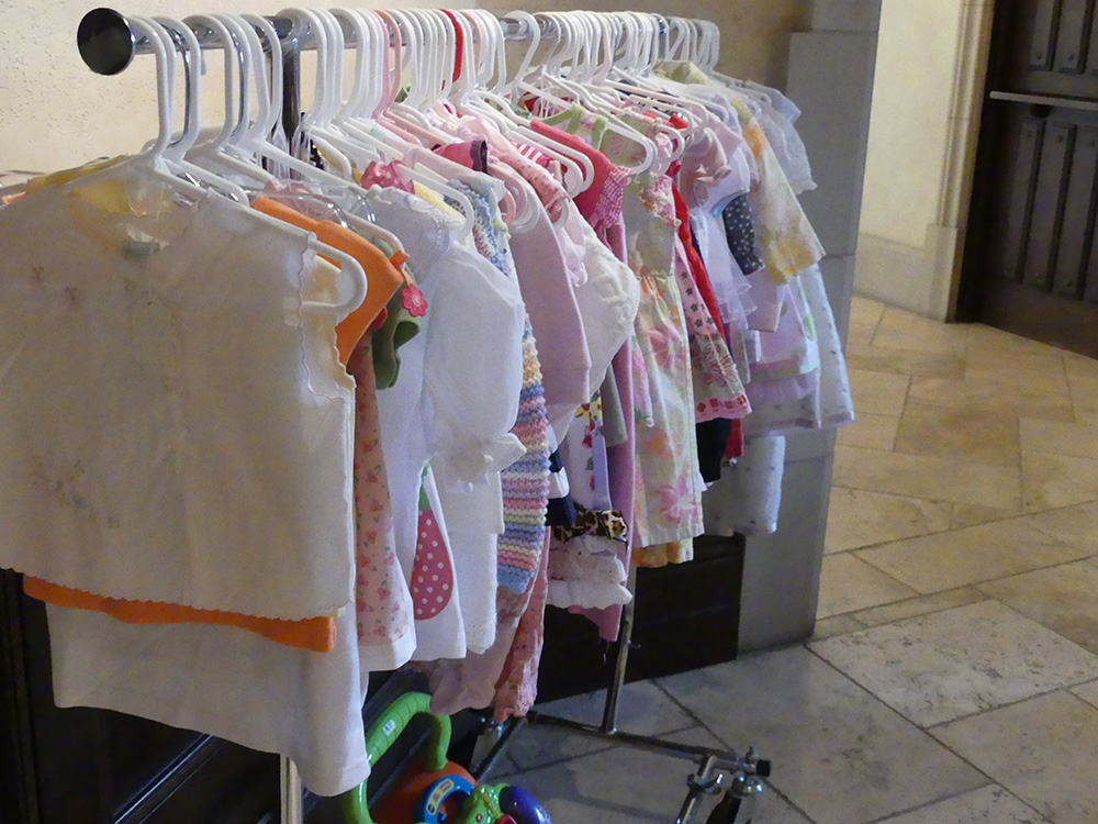 toddler clothes at boutique silent auction