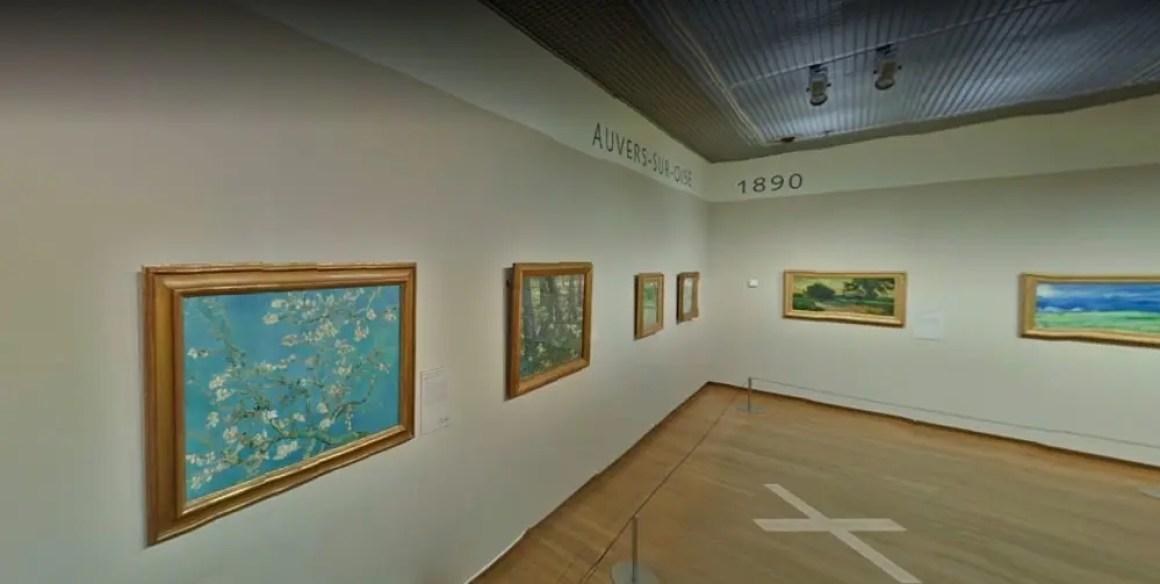 Художественная галерея в музее Ван Гога.