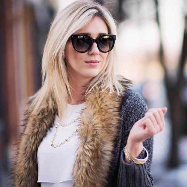 faux fur, sparkly jewelry