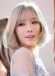 Kim_Tae-yeon_at_Style_Icon_Asia_2016_03