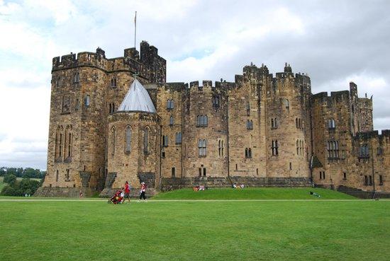 alnwick castle4