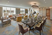suite-penthouse-dining-room