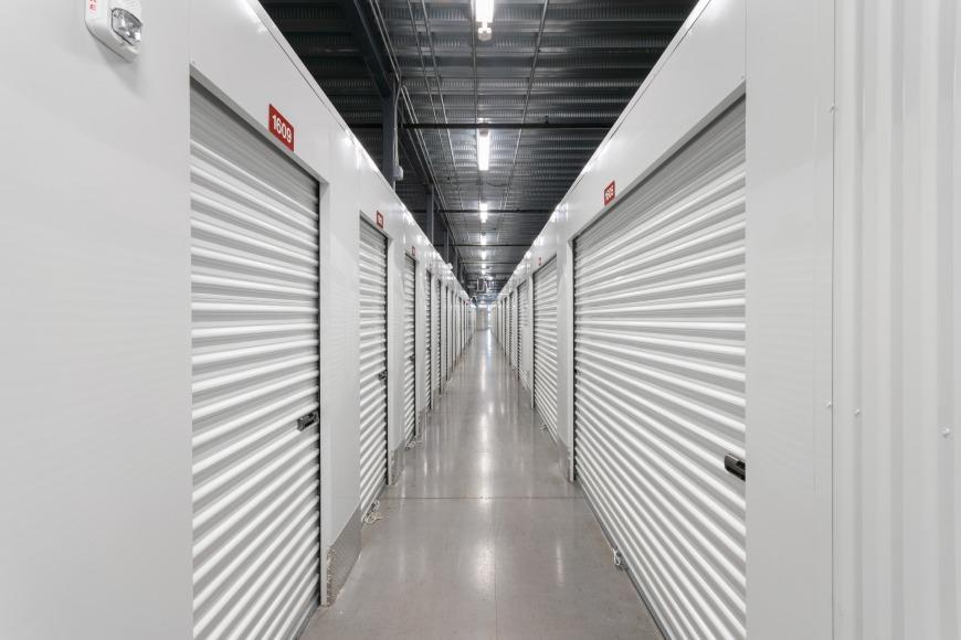 Storage Units In Orlando Near Hunters Creek Life Storage Facility