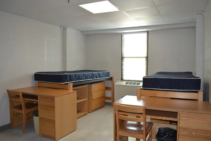 College Dorm Rooms Problems And Solutions Life Storage Blog