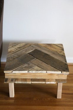 Pallet Table DIY Project