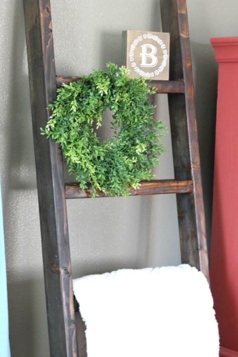 farmhouse style home decor diy blanket ladder -farmhouse - living room
