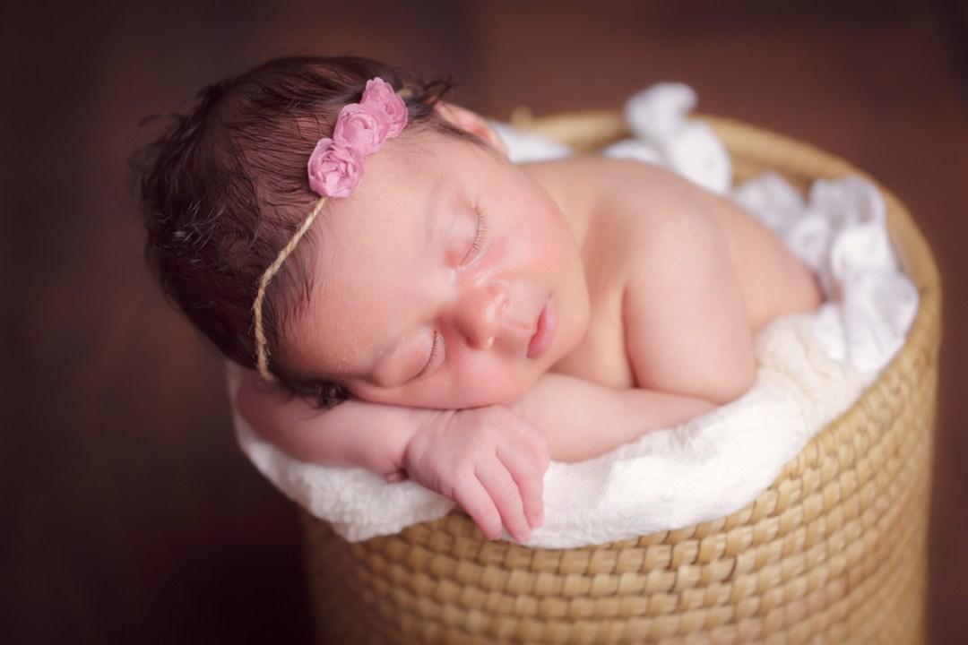 Newborn Photographer near Reading PA