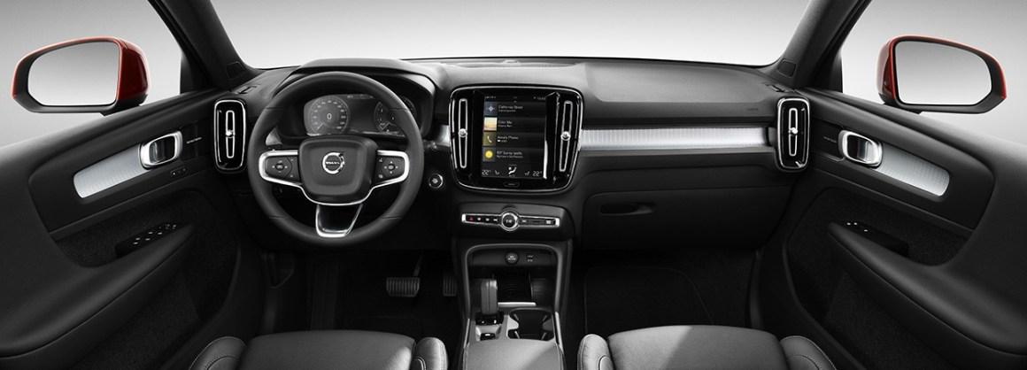 Volvo-XC40-Interior.jpg
