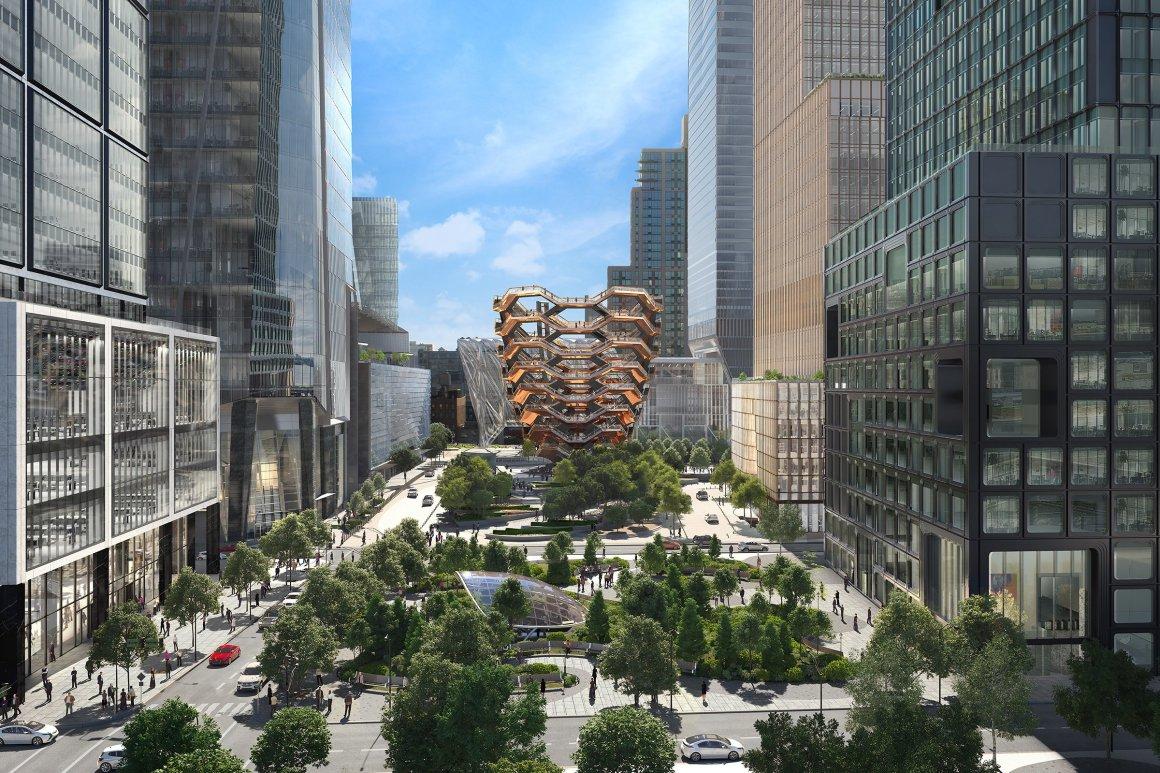 Hudson-Yards-Courtyard-area.jpg
