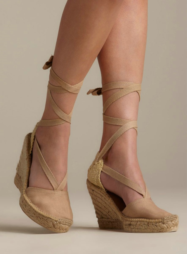 MIA Espadrille Wedge Closed Front With Tie Up
