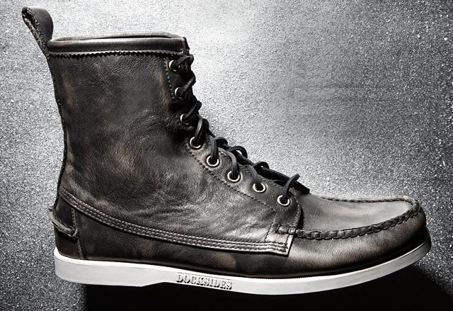 Men's desert boots and chukkas